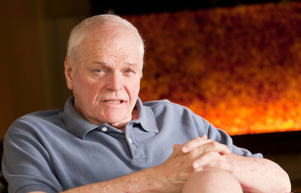 Stratford, Ontario ---11-08-02--- Actor Brian Dennehy, stars in the Stratford Festival's productions of 12th Night and The Homecoming this season.<br /> GEOFF ROBINS The Globe and Mail