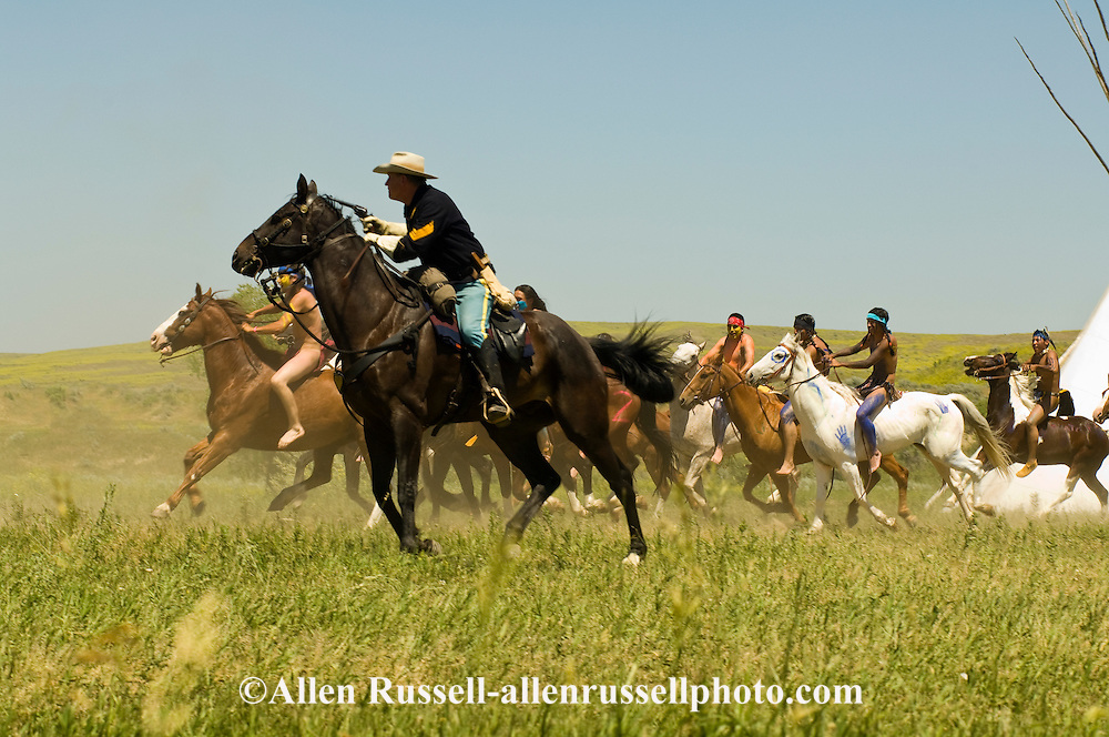 Custers Last Stand Reenactment, Battle of the Little Bighorn, Crow Indian Reservation, Montana, 7th Cavalry soldiers and indian warriors.