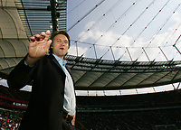 Fotball<br /> Bundesliga Tyskland<br /> Foto: Witters/Digitalsport<br /> NORWAY ONLY<br /> <br /> 30.09.2006<br /> Sportdirektor Dietmar Beiersdorfer HSV<br /> Bundesliga Eintracht Frankfurt - Hamburger SV