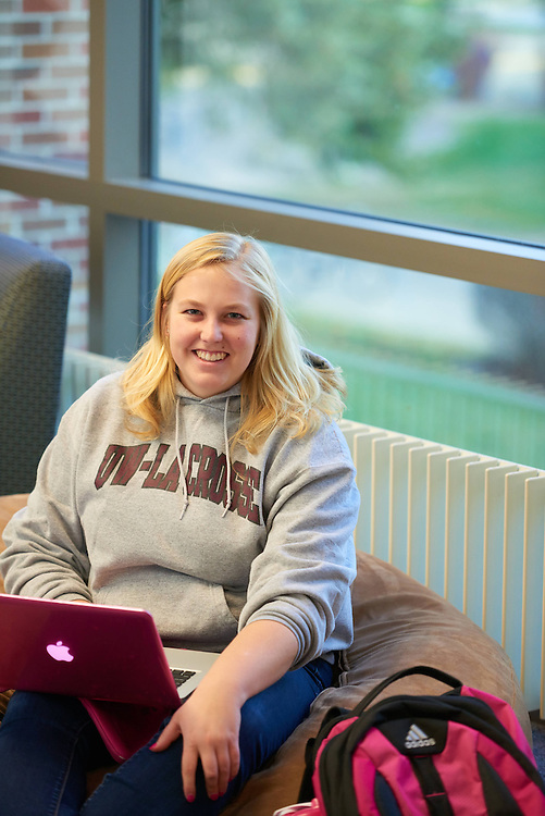 UWL UW-L UW-La Crosse University of Wisconsin-La Crosse; Activity; Studying; Buildings; Murphy Library; People; Student Students; Time/Weather; day; Winter; December; Objects; Computer; Type of Photography; Lifestyle; Woman Women