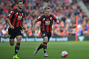 Early attack for Bournemouth led by AFC Bournemouth's midfielder Matt Ritchie during the Barclays Premier League match between Bournemouth and Watford at the Goldsands Stadium, Bournemouth, England on 3 October 2015. Photo by Mark Davies.