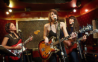 Norah Jones, Sasha Dobson, and Catherine Popper make up the trio Puss 'n Boots. Shown here at Pete's Candy Store on 01-25-09