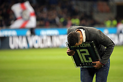 October 21, 2018 - Milan, Milan, Italy - FC Internazionale former player Julio Cesar greets the fans prior the serie A match between FC Internazionale and AC Milan at Stadio Giuseppe Meazza on October 21, 2018 in Milan, Italy. (Credit Image: © Giuseppe Cottini/NurPhoto via ZUMA Press)