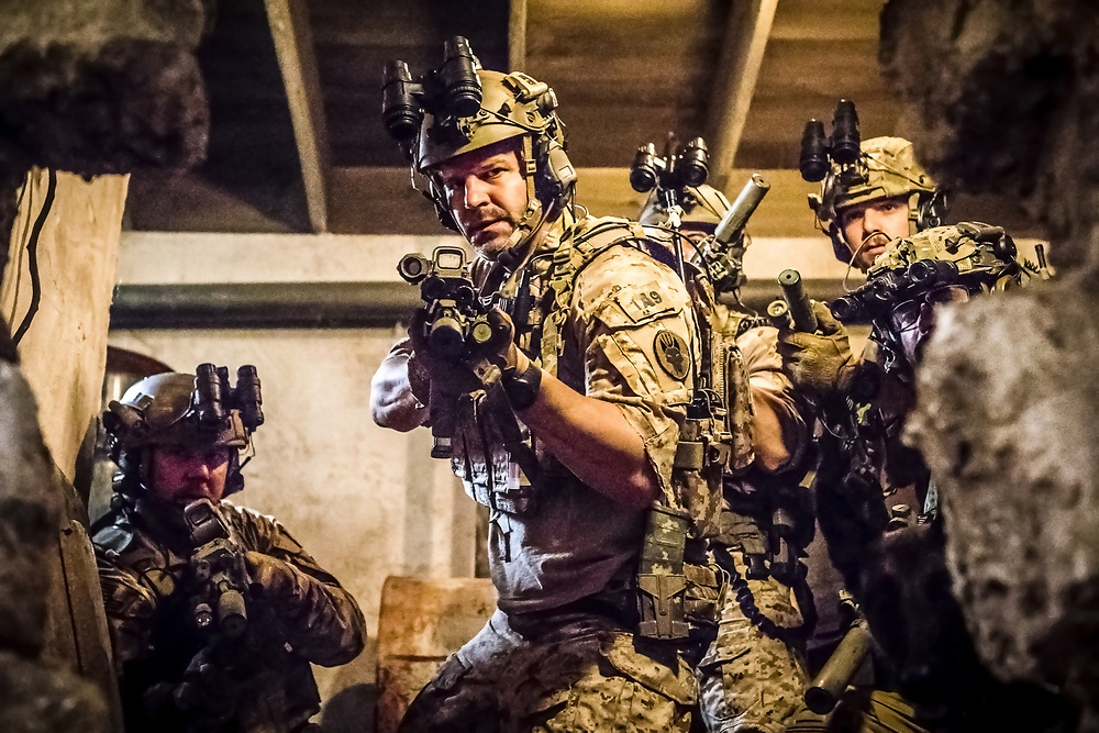 "David Boreanaz as Jason Hayes, center, in a scene from the military drama CBS ""SEAL Team"""