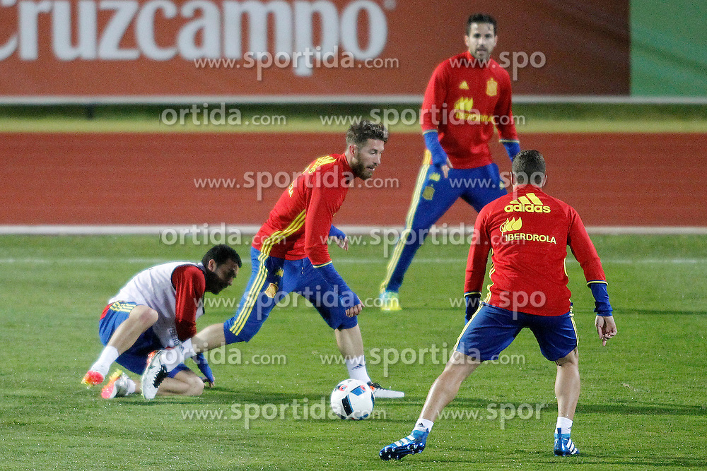 21.03.2016, Ciudad del Futbol de Las Rozas, Madrid, ESP, RFEF, Training spanische Fu&szlig;ballnationalmannschaft, im Bild Spain's Pedro Rodriguez, Sergio Ramos, Cesc Fabregas and Koke Resurrecccion // during a practice session of spanish national football Team at the Ciudad del Futbol de Las Rozas in Madrid, Spain on 2016/03/21. EXPA Pictures &copy; 2016, PhotoCredit: EXPA/ Alterphotos/ Acero<br /> <br /> *****ATTENTION - OUT of ESP, SUI*****