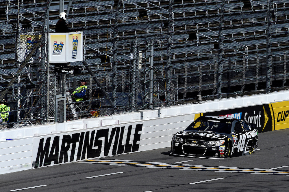 30 October - 1 November, 2015, Martinsville, Virginia USA<br /> Jimmie Johnson<br /> &copy;2015 Scott R LePage <br /> LAT Photo USA