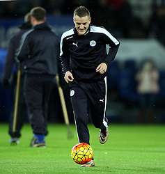 Jamie Vardy of Leicester City warms up - Mandatory byline: Robbie Stephenson/JMP - 28/11/2015 - Football - King Power Stadium - Leicester, England - Leicester City v Manchester United - Barclays Premier League