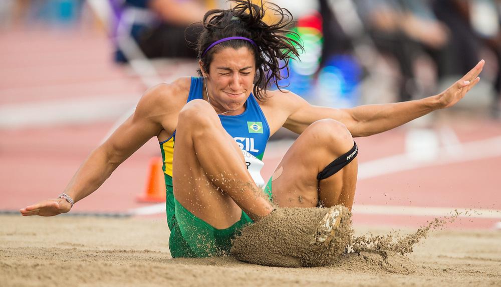Vanessa Spinola of Brazil competes in the long jump event of the women's heptathlon at the 2015 Pan American Games at CIBC Athletics Stadium in Toronto, Canada, July 25,  2015.  AFP PHOTO/GEOFF ROBINS