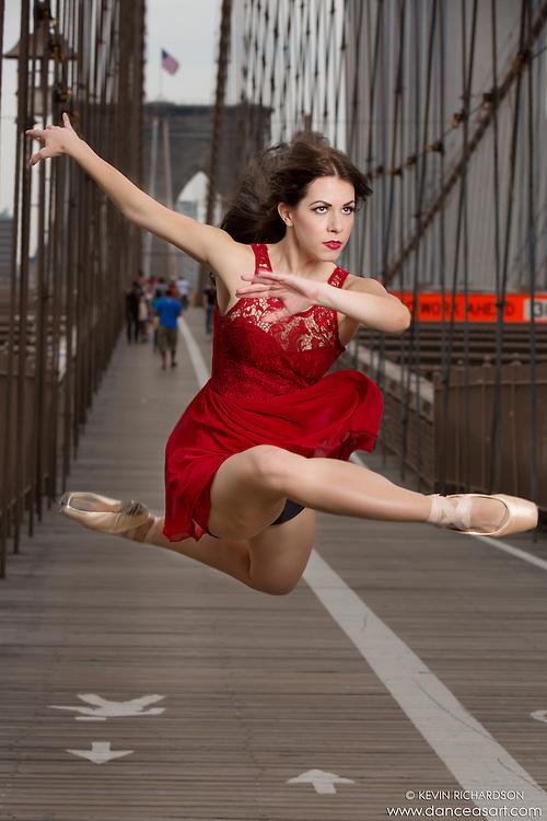 Lindsey Horrigan. Brooklyn Bridge. Dance As Art- The New York Photography Project
