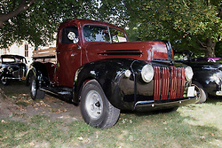 06 Aug 2011:  1946 Ford F1 Pickup truck owned by Gordon Douglas at the 15th Annual McLean County Car Association Antique Car show at David Davis Mansion, Bloomington Illinois