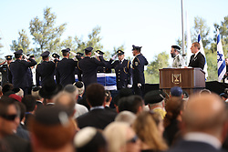 JERUSALEM, Sept. 30, 2016 (Xinhua) -- Honor guards salute the coffin of Israel's former president Shimon Peres during his funeral at Mount Herzl cemetery in Jerusalem, Sept. 30, 2016. (Xinhua/Guo yu) (lrz) (Credit Image: © Guo Yu/Xinhua via ZUMA Wire)
