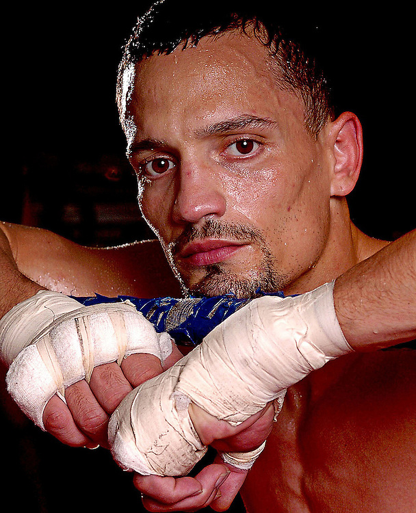 11/29/06 -- ST. PETERSBURG -- New Port Richey boxer Carlos Rivera is fighting on the Winky Wright undercard at the St. Pete Times Forum on Dec. 2, 2006. Photo by KELVIN MA/staff