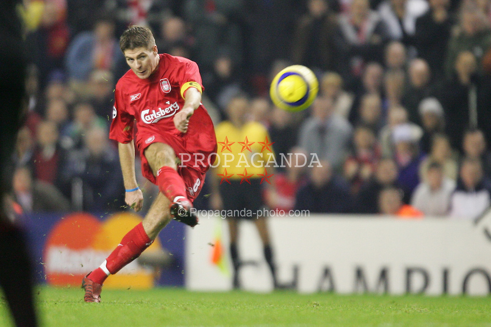 LIVERPOOL, ENGLAND- WEDNESDAY DECEMBER 8th 2004: Liverpool's Steven Gerrard takes a free-kick against Olympiakos during the UEFA Champions League Group A match at Anfield. (Pic by David Rawcliffe/Proparganda)