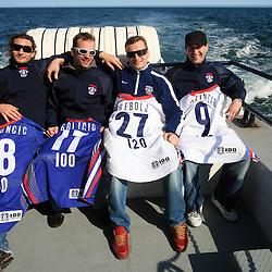 20080507: Ice Hockey - Risi na ogledu za kiti