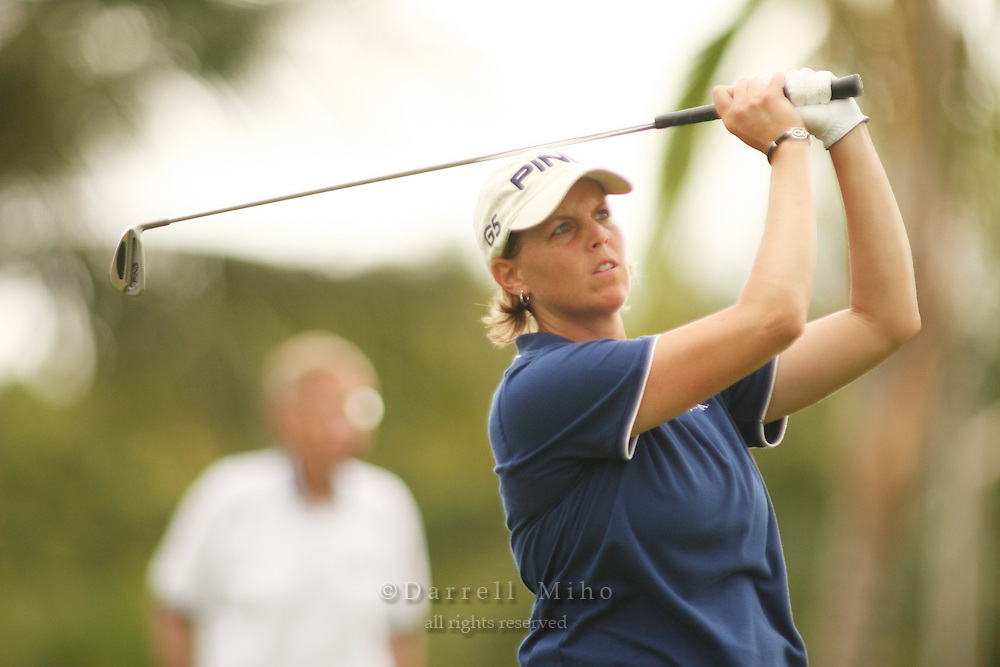 Feb 24, 2006; Kapolei, HI, USA; Wendy Ward tees off during the 2nd round of the LPGA Fields Open at Ko Olina Resort...Photo Credit: Darrell Miho .Copyright © 2006 Darrell Miho .