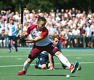 AMSTELVEEN -  Juan Fortuin (Almere)   Play Offs / Outs Hockey hoofdklasse.  Hurley-Almere (0-1) . Almere wint blijft in de hoofdklasse. COPYRIGHT KOEN SUYK