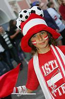 GEPA-0706085327 - SALZBURG,AUSTRIA,07.JUN.08 - FUSSBALL - UEFA Europameisterschaft, EURO 2008, Host City Fan Area Salzburg, Fanmeile, Fan Meile, Public Viewing, Fan Zone. Bild zeigt einen Fan von Oesterreich.<br />Foto: GEPA pictures/ Sebastian Krauss