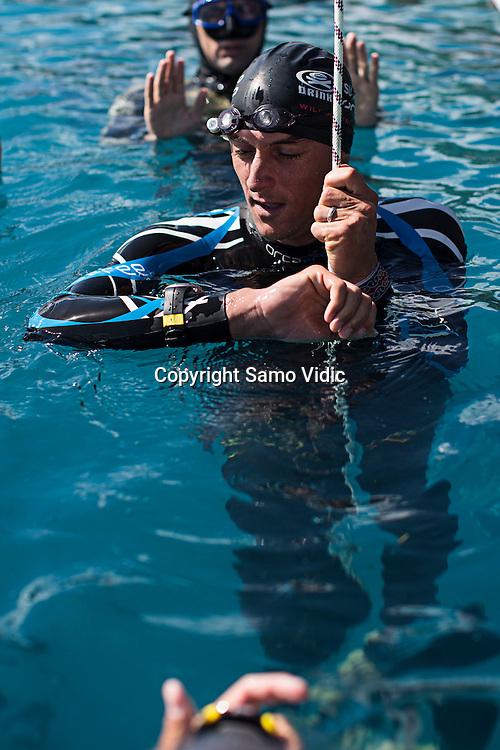 William Trubridge of New Zealand at Dean`s Blue Hole, Bahamas, 24 November 2012<br /> Photo: Samo Vidic