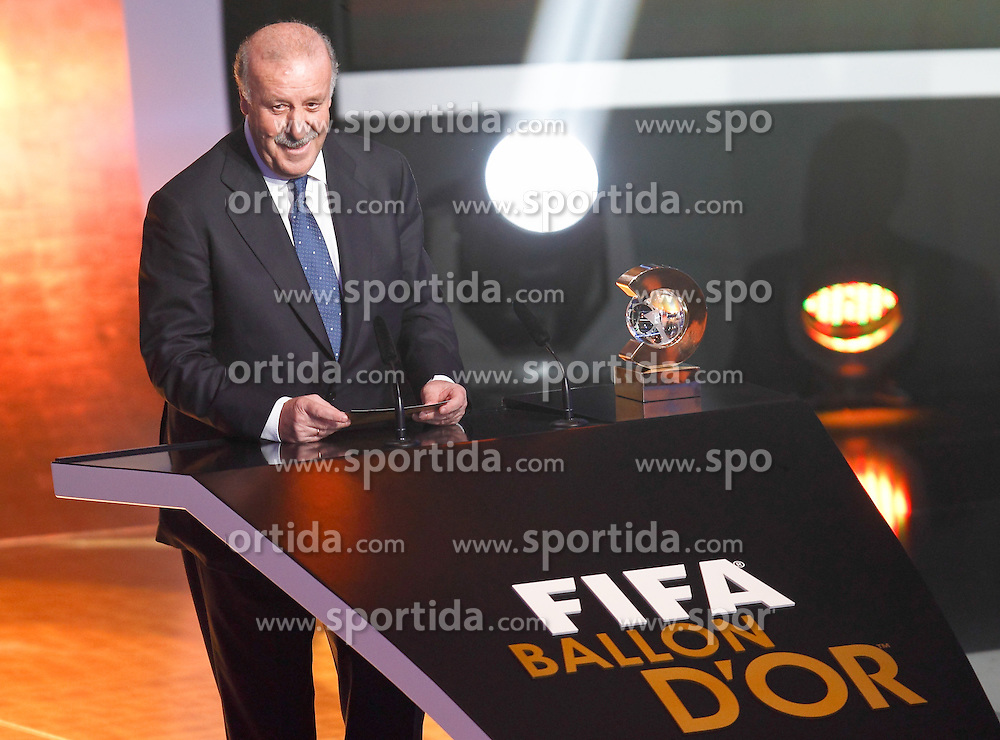 10.11.2011, Zürich, CH, FIFA Golden Ball Gala, in Spain's national team coach Vocente Del Bosque during FIFA Golden Ball gala. January 10, 2011, EXPA Pictures © 2011, PhotoCredit: EXPA/ Alterphotos