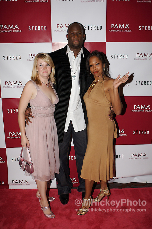 Melissa Joan Hart, Vince Young and Regina King at the Stereo at Derby party in Louisville, Kentucky on May 4 , 2007. Photo by Michael Hickey