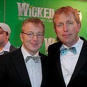 NLD/Scheveningen/20111106 - Premiere musical Wicked, Harm Edens en partner Harm Wesselink