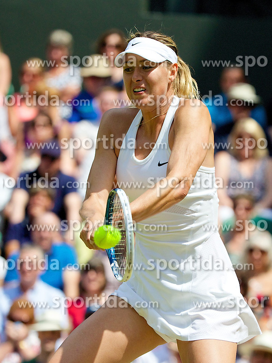 01.07.2014, All England Lawn Tennis Club, London, ENG, WTA Tour, Wimbledon, im Bild Maria Sharapova (RUS) during the Ladies' Singles 4th Round match on day eight // during the Wimbledon Championships at the All England Lawn Tennis Club in London, Great Britain on 2014/07/01. EXPA Pictures &copy; 2014, PhotoCredit: EXPA/ Propagandaphoto/ David Rawcliffe<br /> <br /> *****ATTENTION - OUT of ENG, GBR*****