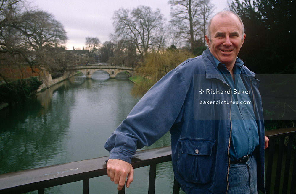 A portrait of Australian-born, Clive James on 20th January 1990 in Cambridge UK. Clive James AO CBE FRSL (1939-2019) was an Australian author, critic, broadcaster, poet, translator and memoirist, best known for his autobiographical series Unreliable Memoirs, for his chat shows and documentaries on British television and for his prolific journalism. He has lived and worked in the United Kingdom since 1962.