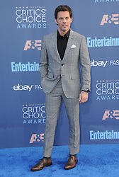 James Marsden  bei der Verleihung der 22. Critics' Choice Awards in Los Angeles / 111216