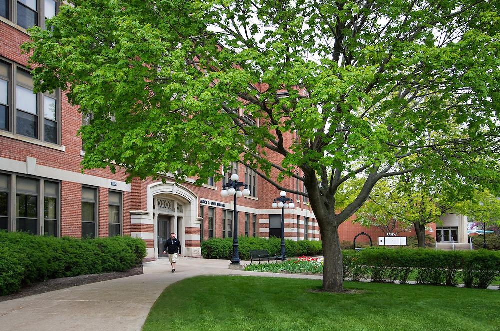 Graff Main Hall May 2014. Photo by Sue Lee, University Communications, 608.785.8497, slee@uwlax.edu.