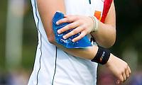 BILTHOVEN - Shona McCallin van MOP met blessure  , zondag tijdens de hoofdklasse competitiewedstrijd tussen de vrouwen van SCHC en MOP (5-0). COPYRIGHT KOEN SUYK