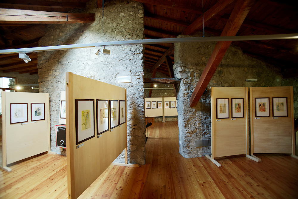 """Tenno (TN) -  Interno della Casa degli Artisti """"G. Vittone"""" a Canale."""