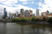 Australia, Melbourne skyline and Yarra river