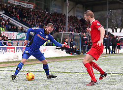 Rochdale's Matt Done attacks  - Photo mandatory by-line: Matt McNulty/JMP - Mobile: 07966 386802 - 17.01.2015 - SPORT - Football - Rochdale - Spotland Stadium - Rochdale v Crawley Town - Sky Bet League One