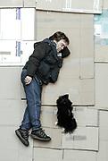 Michael mit Spitz Max: &bdquo;Eigentlich wollte ich mir einen anderen<br /> Hund kaufen. Als ich mir den beim Züchter ausgesucht habe,<br /> versteckte sich der Hund vor mir. Aber Max kam gleich auf mich zu<br /> gesprungen. Er hat sich quasi mich ausgesucht.&ldquo;