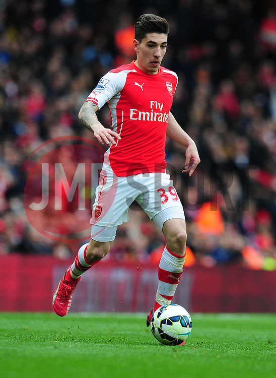 Hector Bellerin of Arsenal - Photo mandatory by-line: Alex James/JMP - Mobile: 07966 386802 - 04/04/2015 - SPORT - Football - London - Emirates Stadium - Arsenal v Liverpool - Barclays Premier League