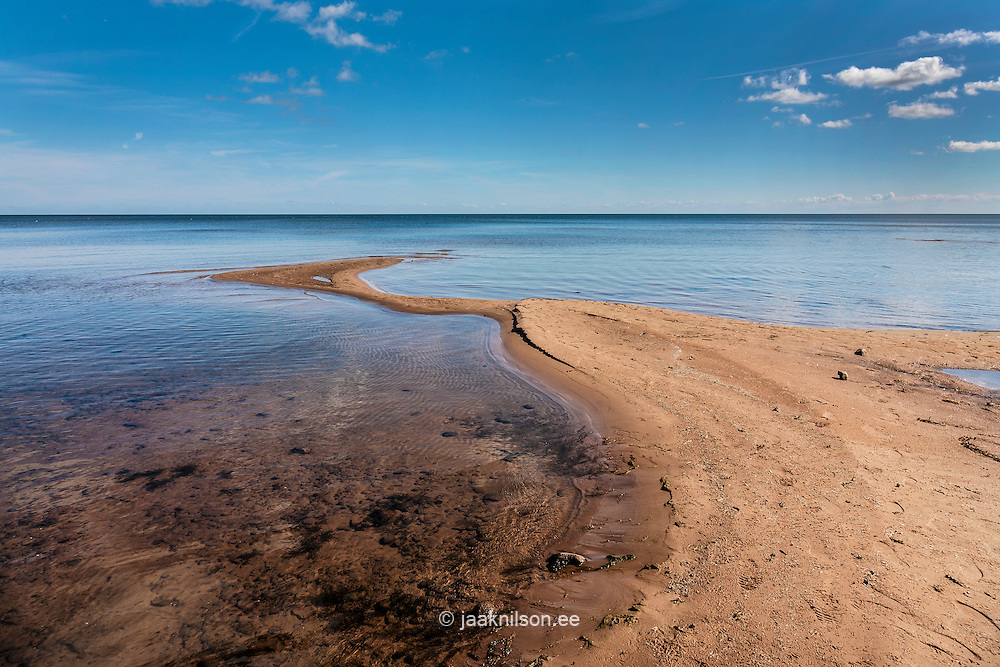 Lake Peipsi at Kallaste, Estonia. Water, horizon. Sand ridge.