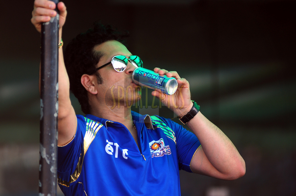 MI mentor Sachin Tendulkar during match 35 of the Pepsi IPL 2015 (Indian Premier League) between The Kings XI Punjab and The Mumbai Indians held at the Punjab Cricket Association Stadium in Mohali, India on the 3rd May 2015.<br /> <br /> Photo by:  Arjun Panwar / SPORTZPICS / IPL