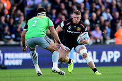 Sam Simmonds of Exeter Chiefs is challenged by Scott Baldwin of Harlequins  - Mandatory by-line: Ryan Hiscott/JMP - 19/10/2019 - RUGBY - Sandy Park - Exeter, England - Exeter Chiefs v Harlequins - Gallagher Premiership Rugby