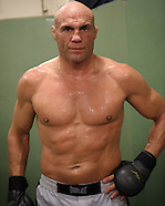 Randy Couture training for UFC 105