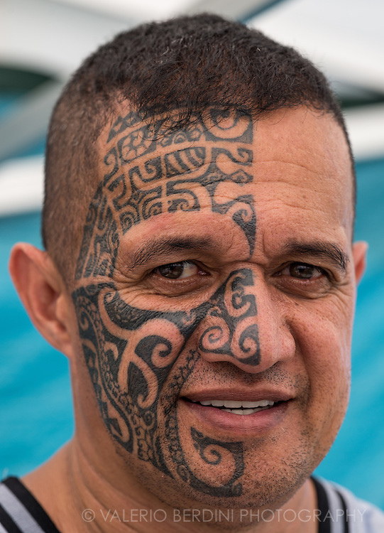 Tattoos are a key part of polynesian culture. This man came back to Polynesia after decades spent in France and tattooed his face as a homage to his motherland.