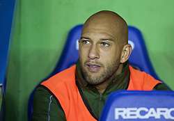 READING, ENGLAND - Tuesday, September 22, 2015: Everton's substitute goalkeeper Tim Howard before the Football League Cup 3rd Round match against Reading at the Madejski Stadium. (Pic by David Rawcliffe/Propaganda)