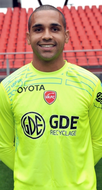 Magno NOVAES - 19.10.2014 - Portrait Officiel Valenciennes - Ligue 2<br /> Photo : Icon Sport