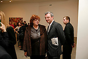 MEREDITH ETHERINGTON-SMITH AND STEFAN RATIBOR, New work by Cecily Brown. Gagosian. Brittania St. London. 31 March 2006. ONE TIME USE ONLY - DO NOT ARCHIVE  © Copyright Photograph by Dafydd Jones 66 Stockwell Park Rd. London SW9 0DA Tel 020 7733 0108 www.dafjones.com