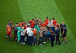 MOSCOW, RUSSIA - Sunday, July 1, 2018: Spain players and staff prepare for extra-time during the FIFA World Cup Russia 2018 Round of 16 match between Spain and Russia at the Luzhniki Stadium. (Pic by David Rawcliffe/Propaganda)