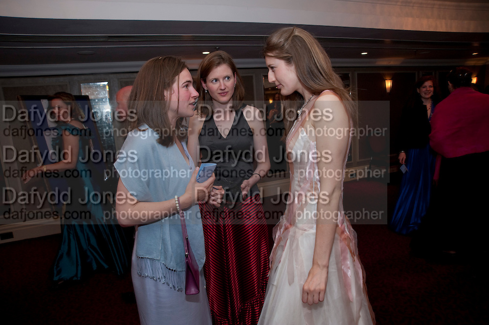 IONA HEMPHILL; ALICE DOBBIE; ALICE CORBET. 2009 Royal Caledonian Ball in aid of various Scottish charities , Great Room, Grosvenor House. London. 1 May 2009.