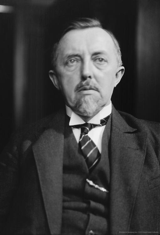 Conrad Matschoss, engineer, university professor, historian, Germany, 1927