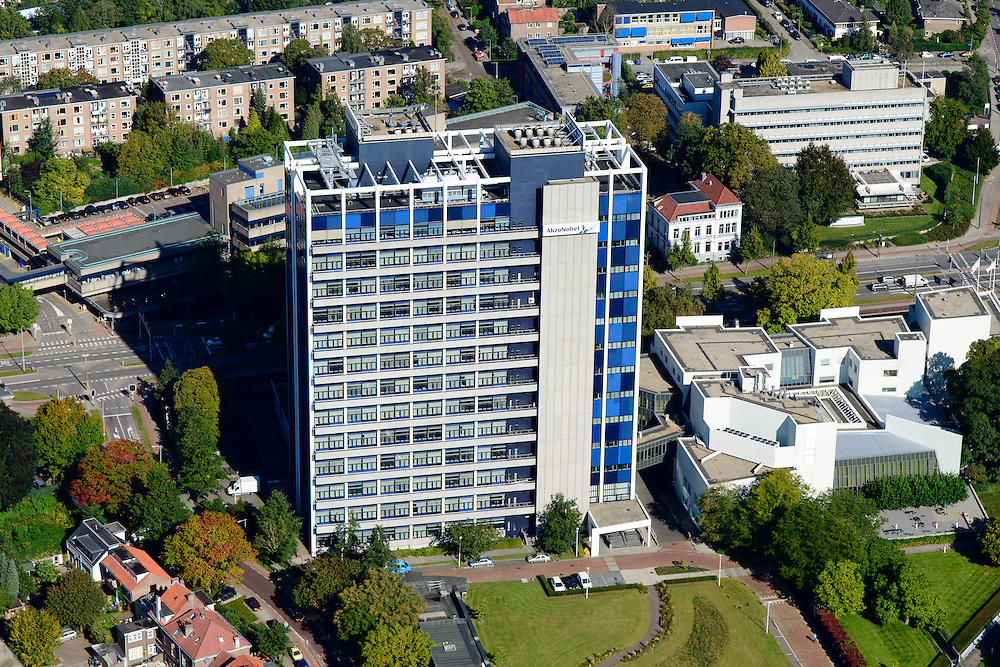 Nederland, Gelderland, Arnhem, 30-09-2015; Oost-Arnhem, Molenbeke. Hoofdkantoor van AKZO NOBEL. Arnhem East with office building Akzo Nobel.<br /> luchtfoto (toeslag op standard tarieven);<br /> aerial photo (additional fee required);<br /> copyright foto/photo Siebe Swart
