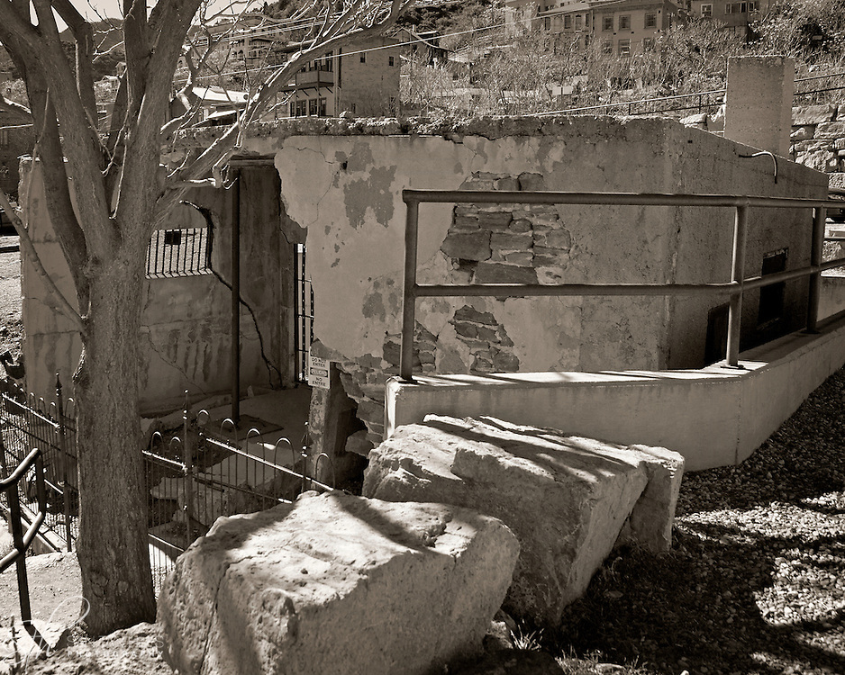 The sliding jail at its final resting place off of Hull Ave, in Jerome, AZ