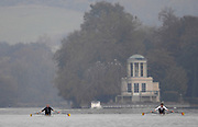 Henley-on-Thames. GREAT BRITAIN,  International training, on the Henley long course, New Zealand's Two times World Champion - Single Sculls - Mahe DRYSDALE training on the River Thames,  at Henley Tue. 07/11/2006, England. Photo, Peter Spurrier/Intersport-images]..... , Rowing Courses, Henley Reach, Henley, ENGLAND