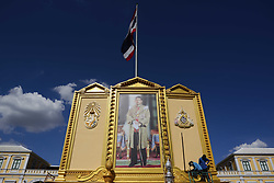 May 1, 2019 - Bangkok, Thailand - Workers prepare Thailand's King Maha Vajiralongkorn portrait at Grand Palace, in Bangkok, Thailand 01 May 2019. (Credit Image: © Anusak Laowilas/NurPhoto via ZUMA Press)
